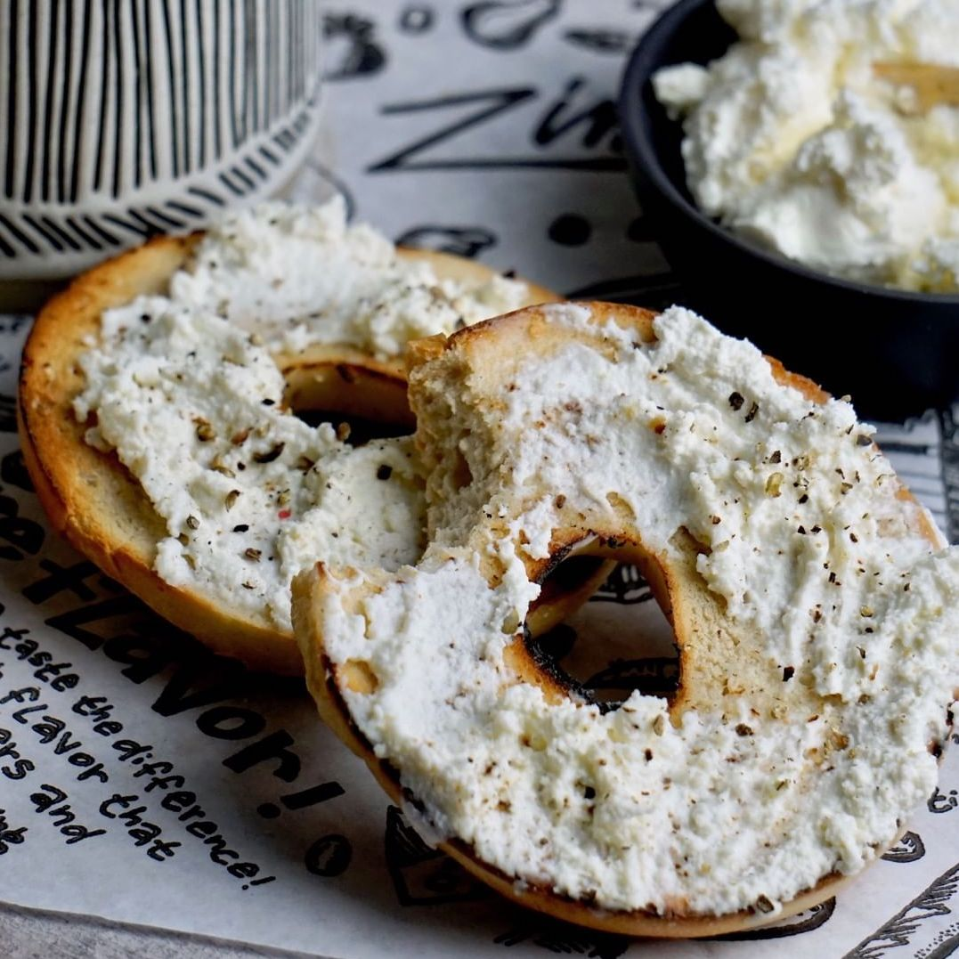 Zingerman's Everything Bagels with Cream Cheese