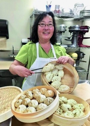 Zingerman's Chinese Steamed Buns making class